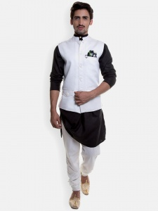 Men Black Kurta With Pajama & Jacket