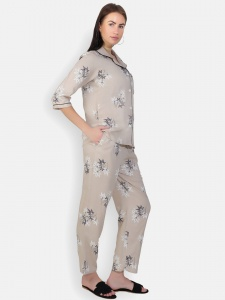 Zinniars Two-Piece cute sleepwear / Nightsuit Pajama Set featuring 3/4th sleeve top and pants for relaxed fit(SC-Pj-Pajama-20201B)