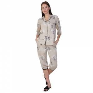 Two-Piece cute sleepwear / Nightsuit Capri Set featuring 3/4th sleeve top and Capri pants for relaxed fit(SC-Pj-Capri-20201B)